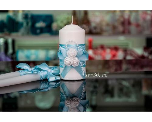 """Свадебные свечи """"Белые розы"""" с декором в голубом цвете"""