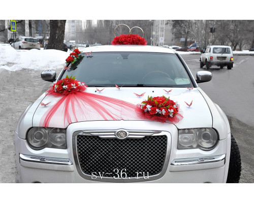 """Свадебное украшение на машину молодоженов в красном цвете """"Романс"""""""