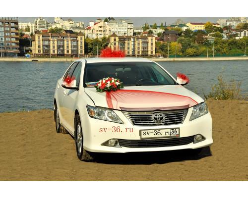 """Свадебное украшение на машину в красном цвете """"Туман"""""""